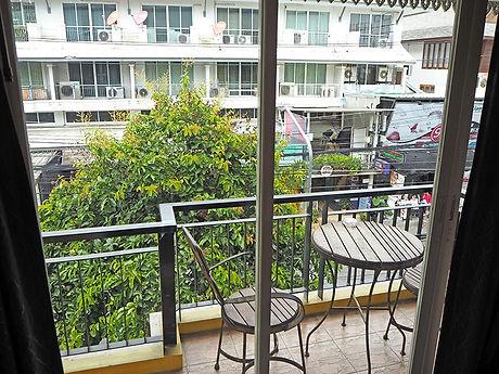 タイ,ホテル,ゲストハウス,観光,予約,部屋,シャワー,エアコン,写真,hotel,thailand,accommodation,โรงแรม,ที่พัก,チェンマイ