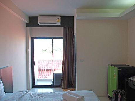 タイ,ホテル,ゲストハウス,観光,予約,部屋,シャワー,エアコン,写真,hotel,thailand,accommodation,โรงแรม,ที่พัก,ウボンラーチャターニー