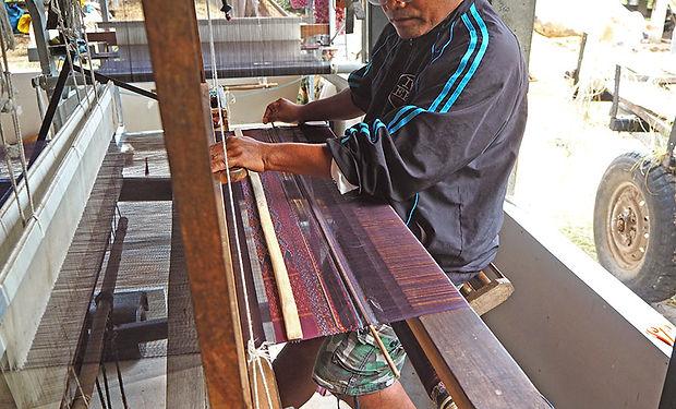 タイ,スリン,シルク,カンボジア,観光,歴史,伝統,文化,養蚕,機織り,surin,silk,thailand,สุรินทร์,ทอผ้า