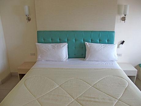 タイ,ホテル,ゲストハウス,観光,予約,部屋,シャワー,エアコン,写真,hotel,thailand,accommodation,โรงแรม,ที่พัก,ナコンサワン