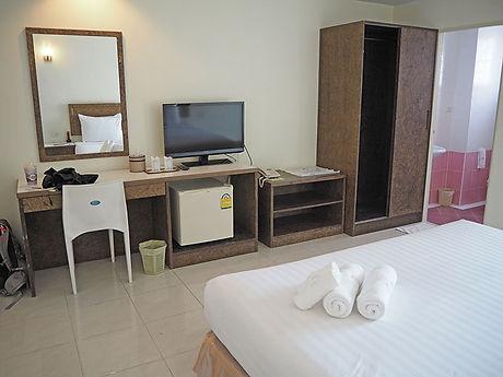 タイ,ホテル,ゲストハウス,観光,予約,部屋,シャワー,エアコン,写真,hotel,thailand,accommodation,โรงแรม,ที่พัก,トラート