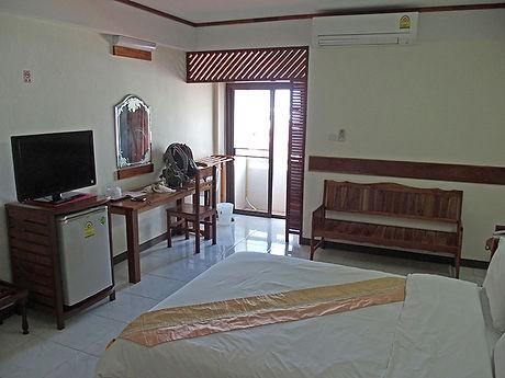 タイ,ホテル,ゲストハウス,観光,予約,部屋,シャワー,エアコン,写真,hotel,thailand,accommodation,โรงแรม,ที่พัก,ムクダーハーン