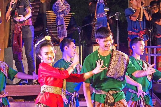 กรุงเทพ,เทศกาลเที่ยวเมืองไทย,バンコク詳細,ツーリズムフェスティバル,歴史,文化,観光,地図,祭り,行き方,ルンピニー公園,สวนลุม,東北,イサーン,舞踊,スーン,ラオス,