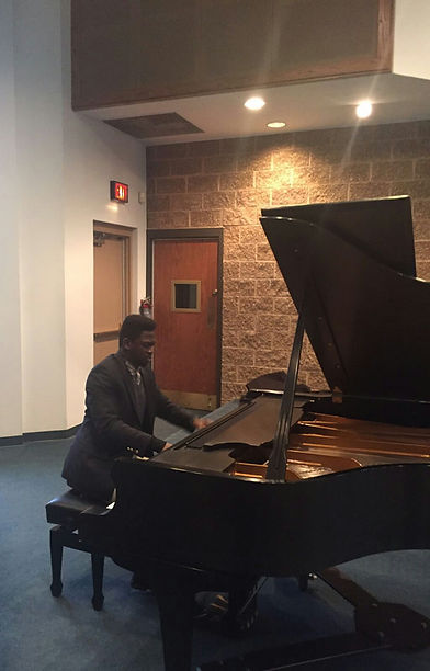 African Pianist Echezonachukwu Nduka