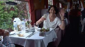 happy eater.Still016.jpg