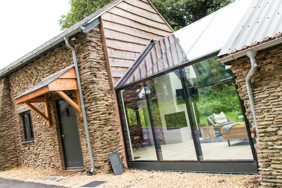 Our brief on the Bittescombe Barns project was to convert two existing barns into accommodation for a groom and further guest accommodation, with a glazed link to form one building.