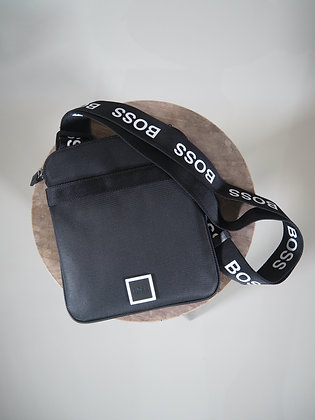 BOSS BLACK S&A BAG SMALL/MAN 016503