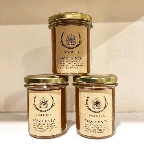 Raw medicinal honey