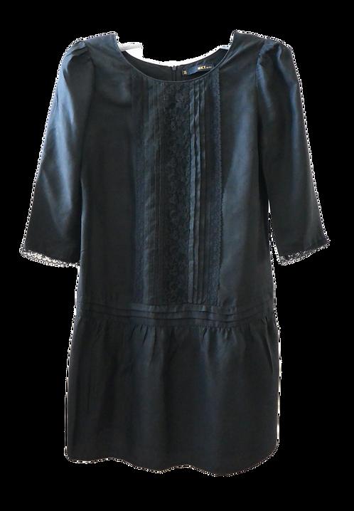 MKT Robe