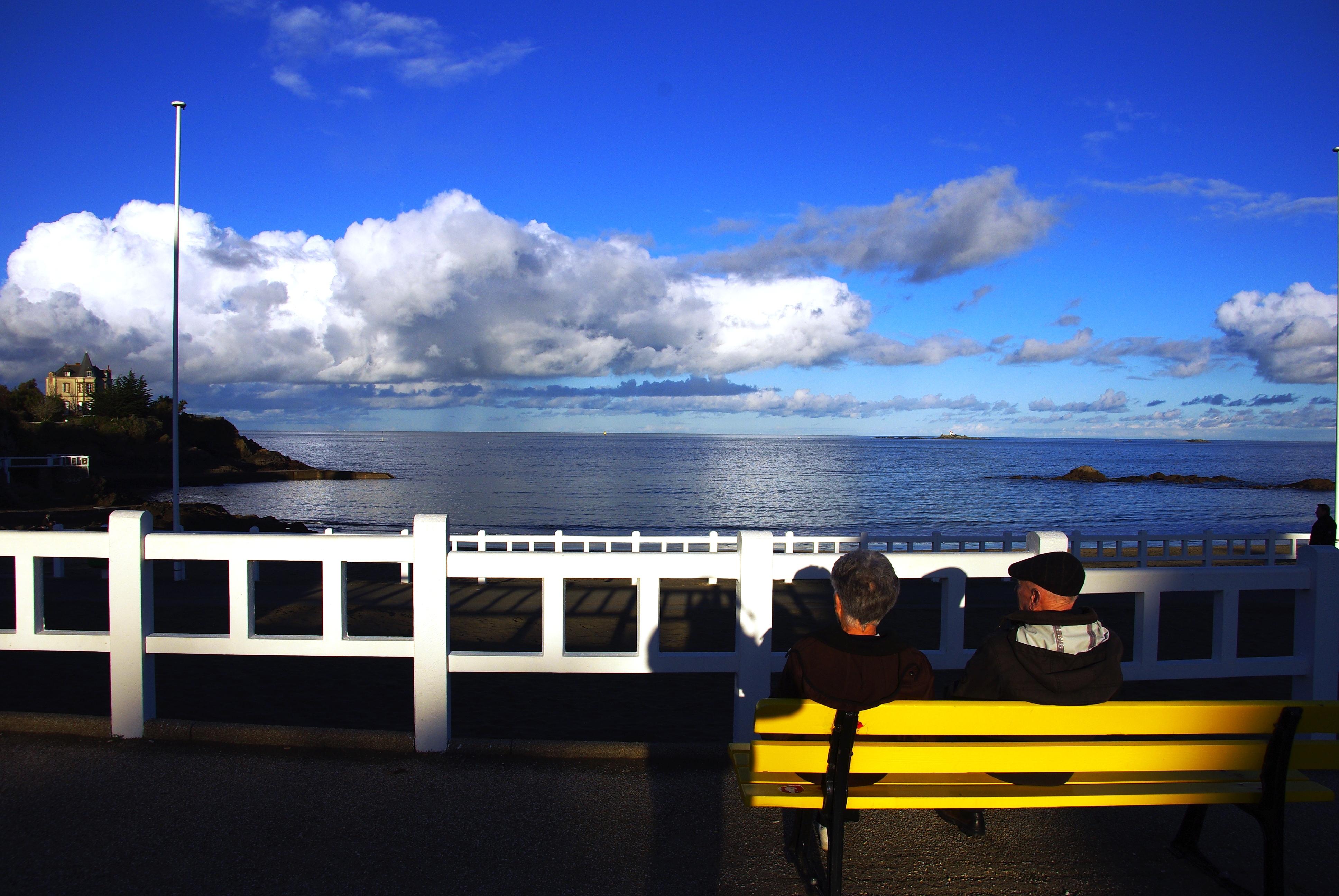prendre le temps de regarder la mer