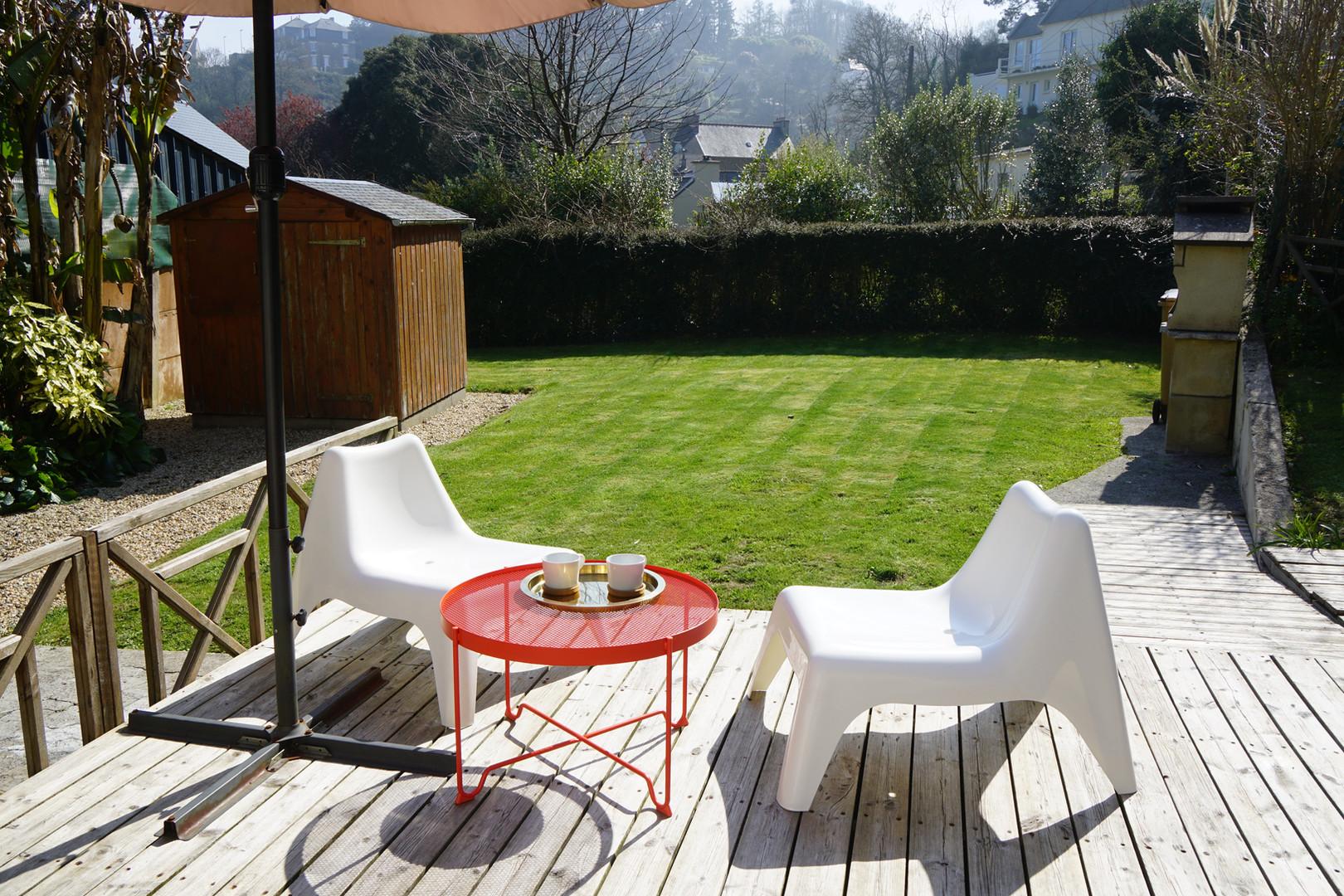 Prenez le soleil en terrasse