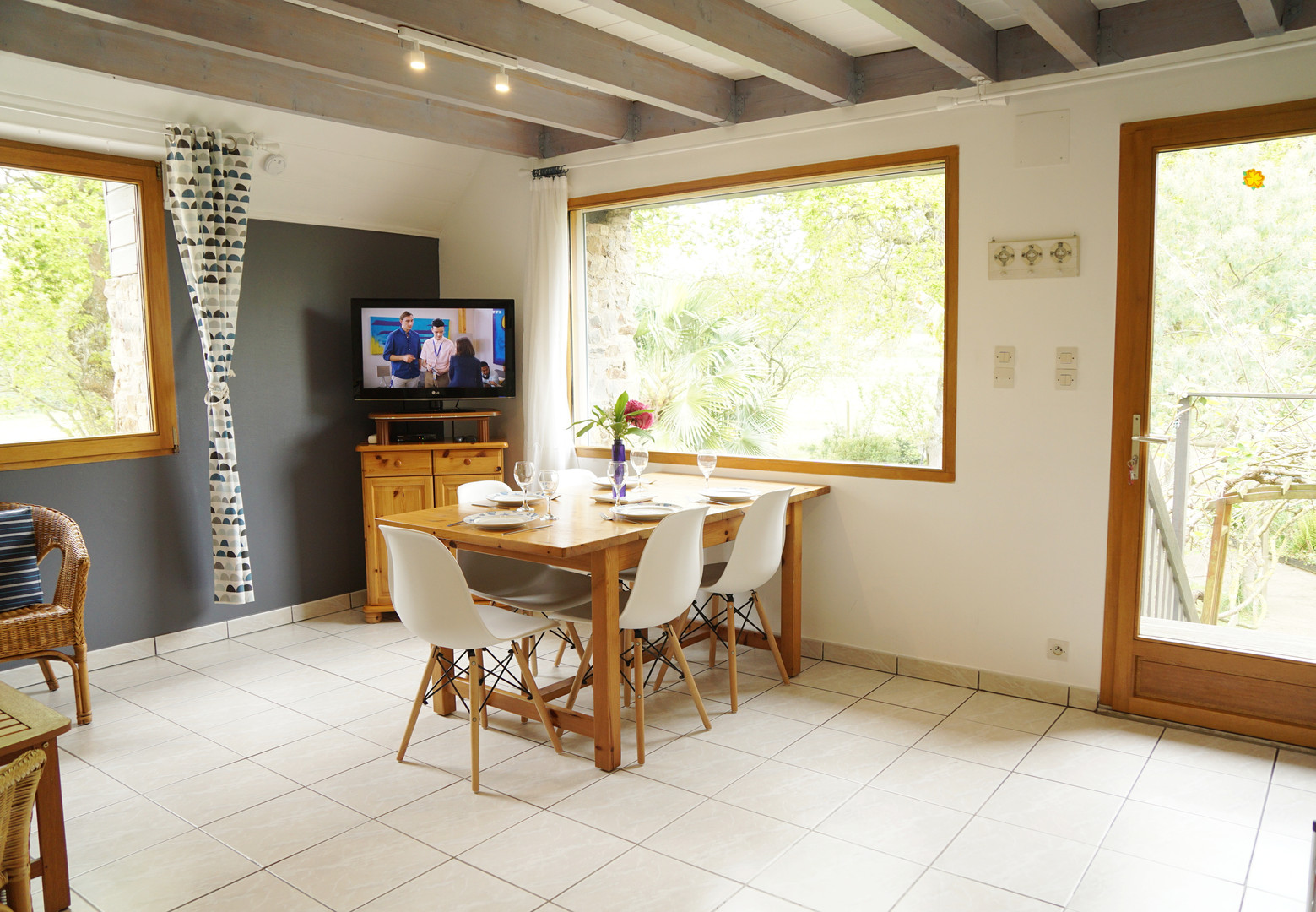 Une pièce à vivre de 24 m² exposée sud ouest