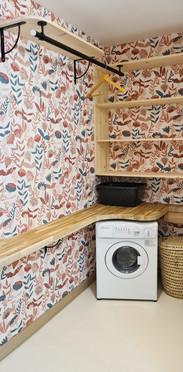 un dressing, un lave-linge