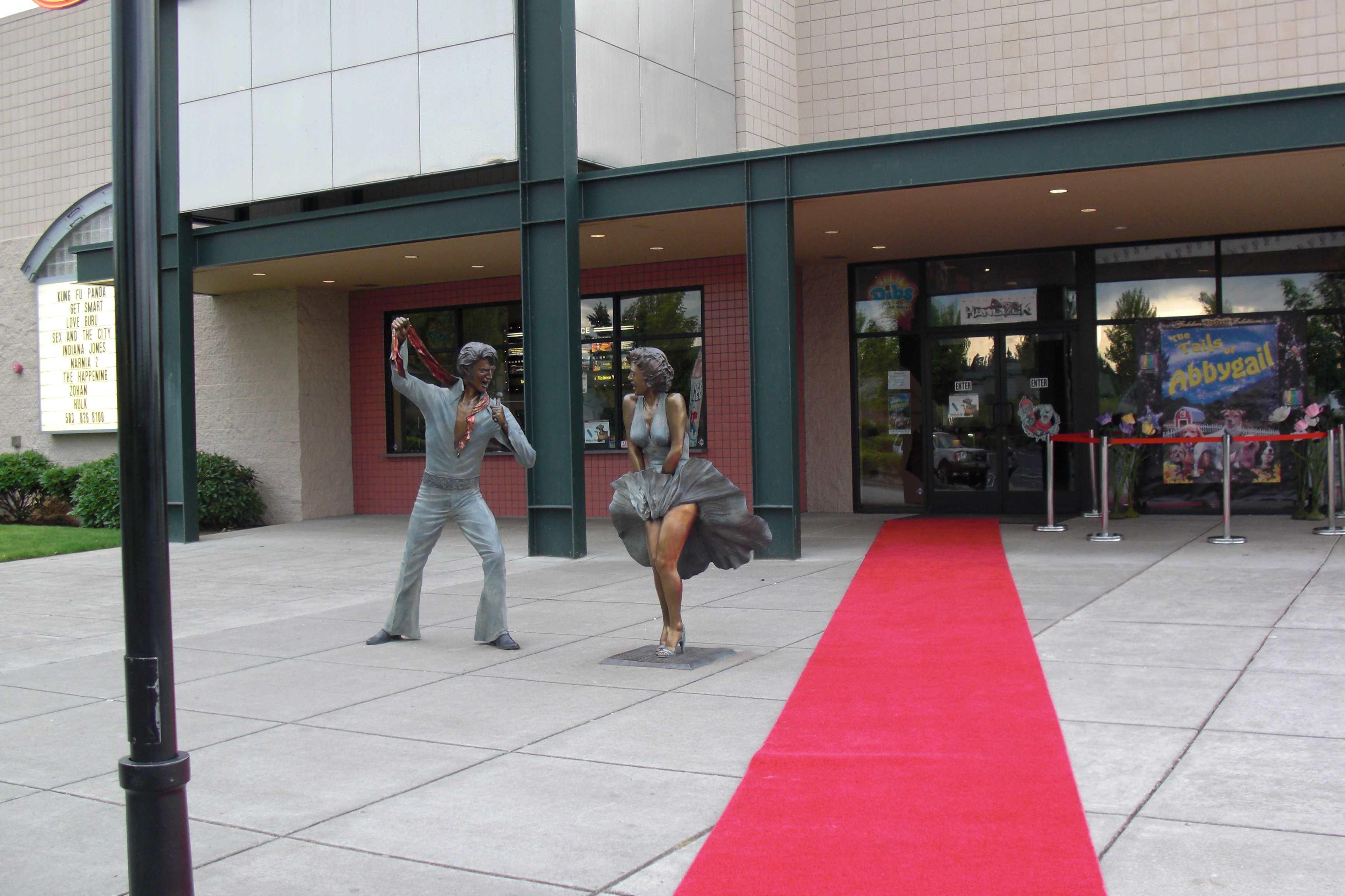 Sandy Cinema Red Carpet Ready