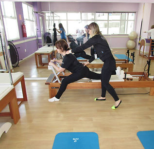 Aula de pilates na CEMI