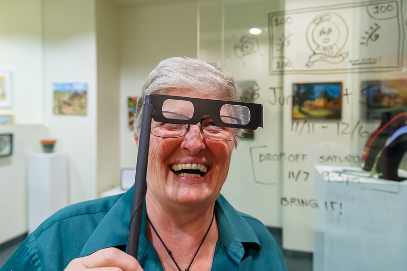 Donna does 3D.