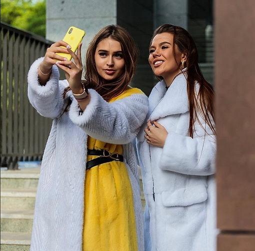 DICARA, models streetstyle, fashion fur