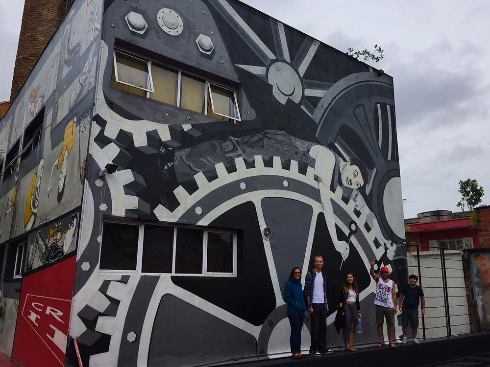 Mural em homenagem ao Charlie Chaplin na Fábrica de Criatividade, um espaço aberto à cultura e a inovação no Capão Redondo