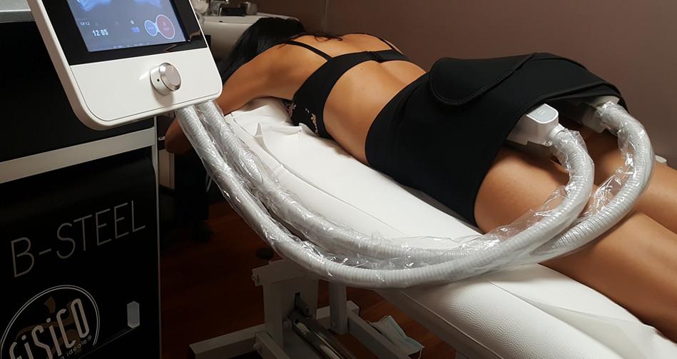 B-STEEL è un'innovativa tecnologia di estetica avanzata che lavora sul rimodellamento del corpo. Grazie alla sua doppia azione, B-STEEL agisce sui muscoli e allo stesso tempo contrasta il grasso.