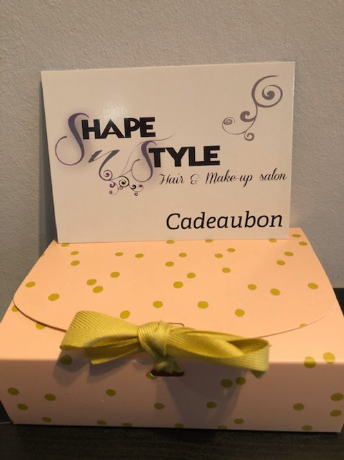 Cadeaubon kapsalon Shape 'N' Style & gratis mini 50ml