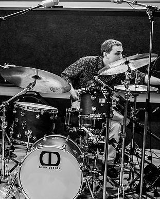 Konstantin Drummer Owls