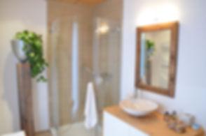 Badezimmer, modern, Chaletstil, luxuriös, neuwertig