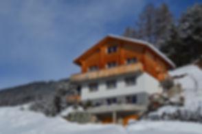 Ferienwohnung, Chaletstil, Arosa, Aussicht, Berge, Hochwang, Panorama, modern, luxuriös, charmant