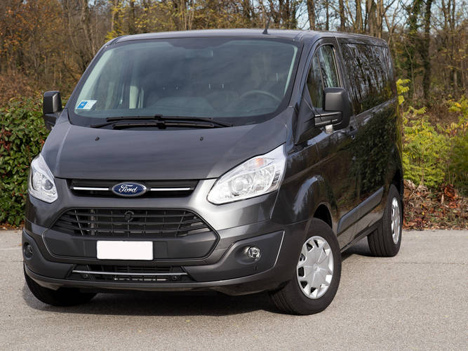 Ford Custom 9 posti