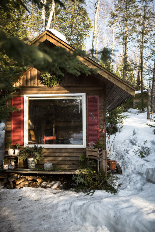 Duluth Hipcamp Tiny House in Winter