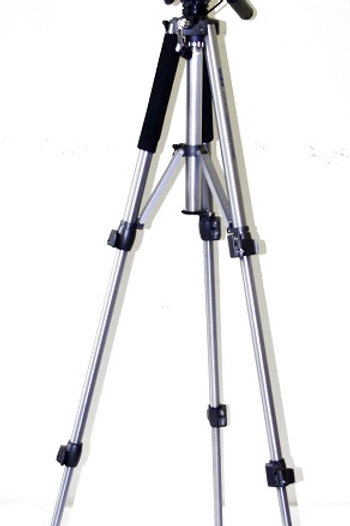 "2D 3x3-4U-5D ""Svetliachok"" Portable Projector"