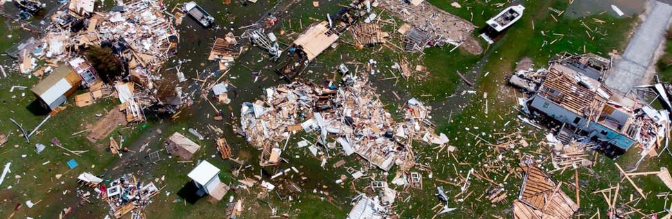 hurricane-laura-11-gty-llr-200827_159855