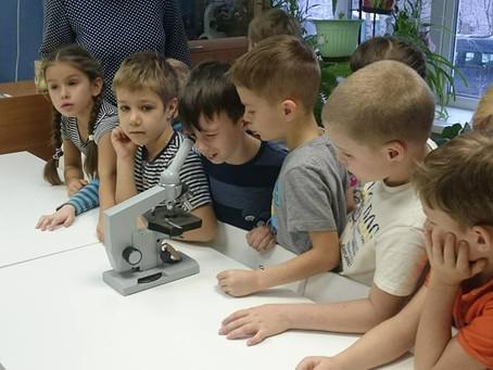 Детский сад ЮНЭК  в гостях у школьников