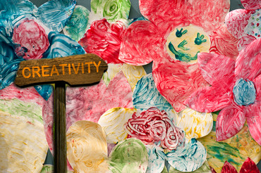 """6 Hacks To Get Creative Even When You Think """"I Can't Make Anything"""""""
