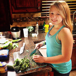Teaching children to cook healthy