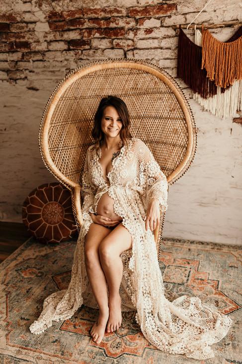 Kayla Maternity_0075.jpg