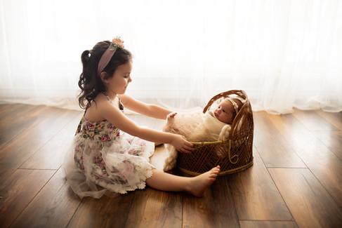 Newborn-Boho-Sienna&Family_0122.jpg