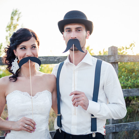 18 Ways Your Wedding Day Could Get Awkward... How Do I Avoid This?