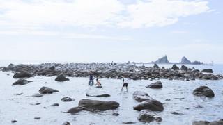 10:00|美の町|三ツ石の海岸
