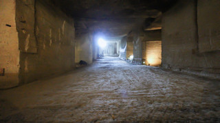 14:00|ヒューマンスケールを超えた地下空間