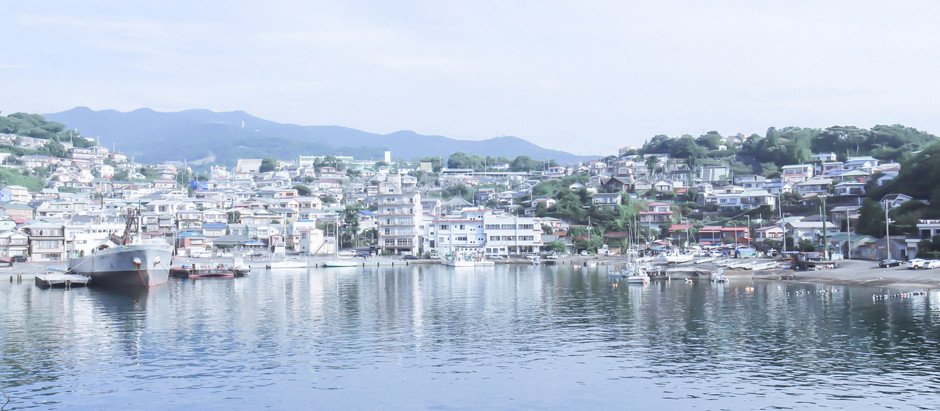 10:00 「美の町」真鶴町、港を眺める