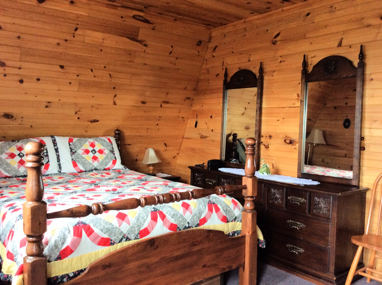 Bedroom 4 - Master
