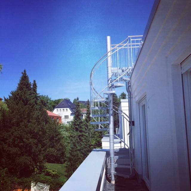 Die Außentreppe aufs Dach