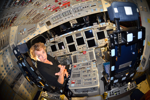 spacecraft cabin.JPG