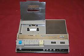 アイワ 昭和40年 日本発コンパクトカセットレコーダー TP-707P