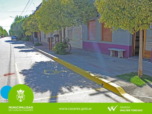 Servicios Urbanos señaliza lugares claves de la ciudad para ordenar el transito