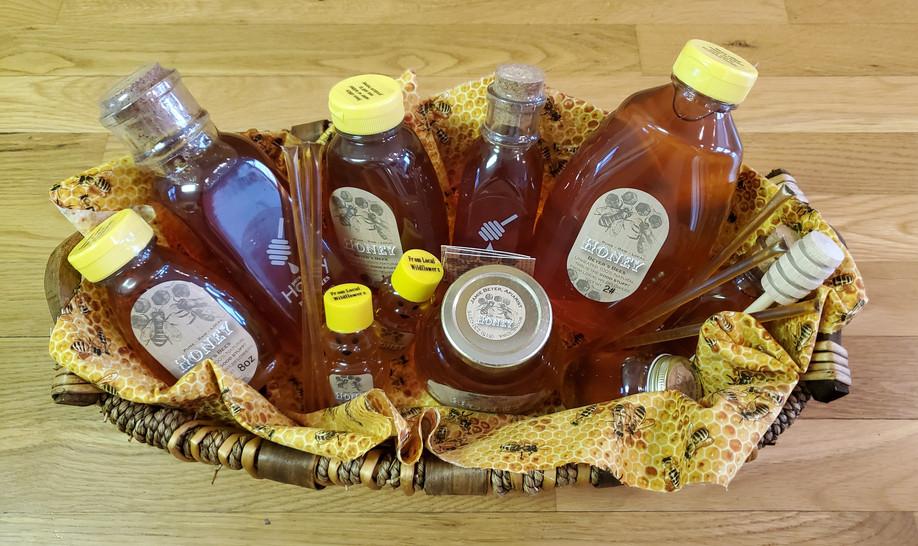 Honey Basket with a lot of my honey.jpg