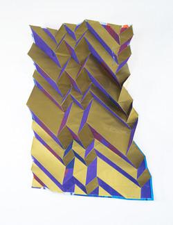 Michael Wegerer: Folded Figure No10 (Rhythmus in Gold), 2020