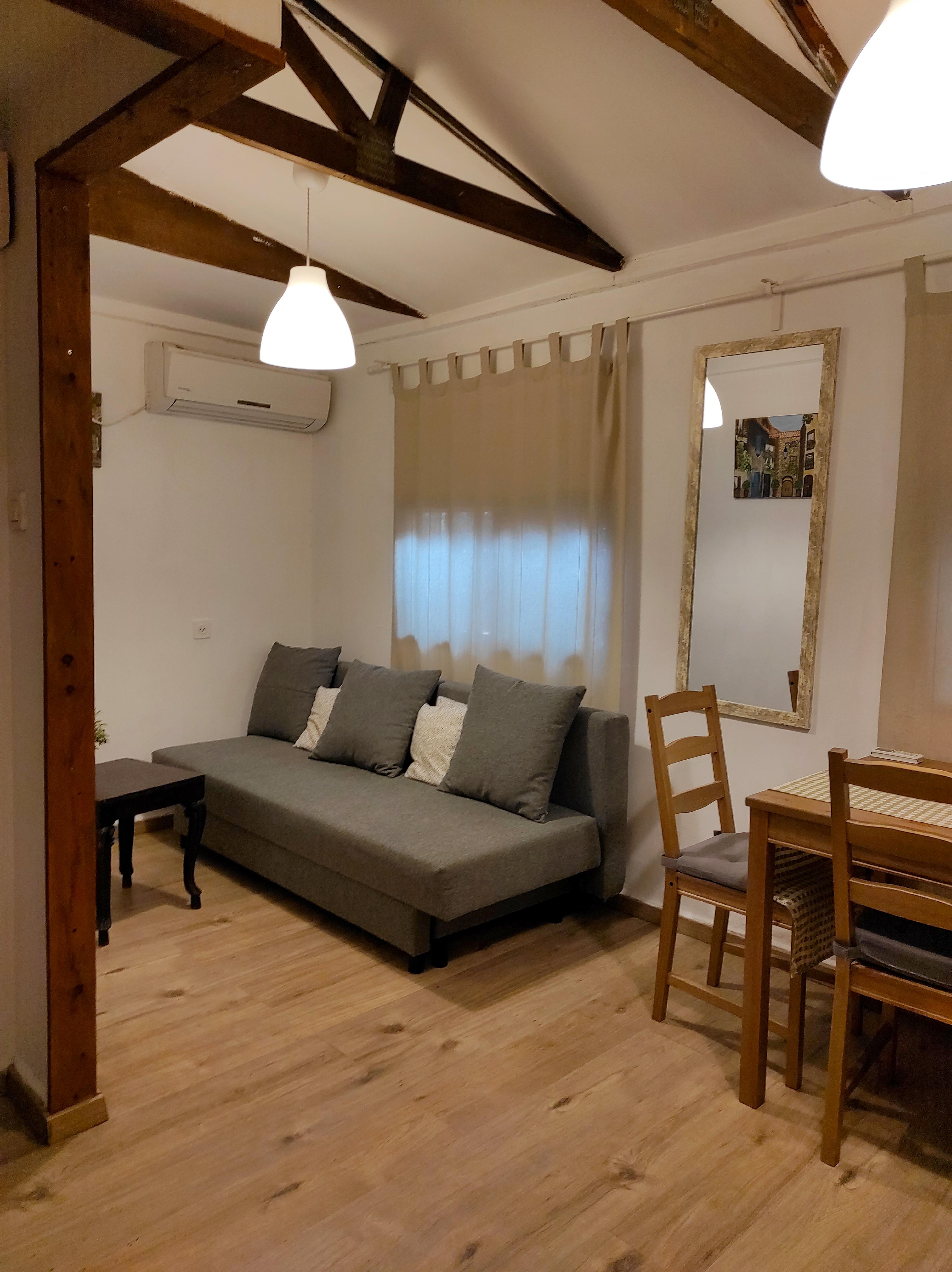 חדר מס' 9 - חדר משפחתי - מלון למזכרת