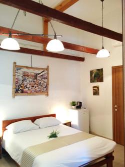 חדר מס' 5 - מלון בוטיק למזכרת