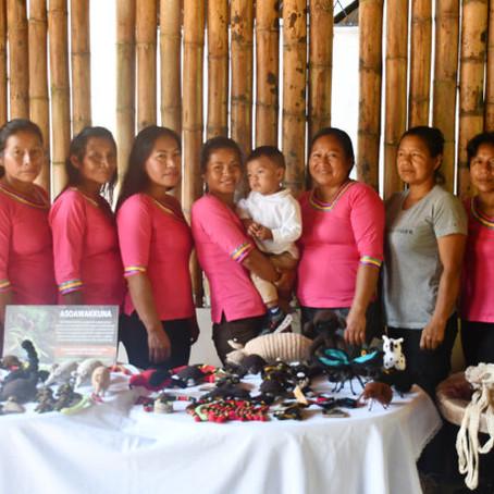 Mujeres amazónicas tejen su independencia económica